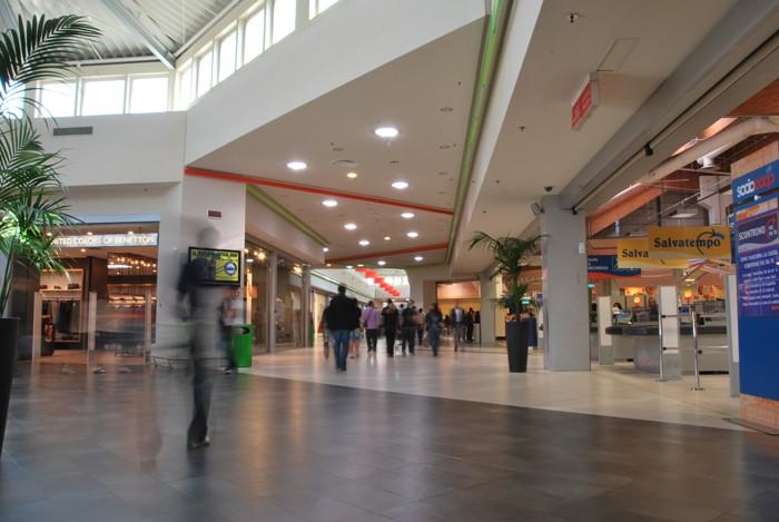 """Nuovi centri commerciali, Berardinetti: """"Stop alleautorizzazione fino al 2021""""."""