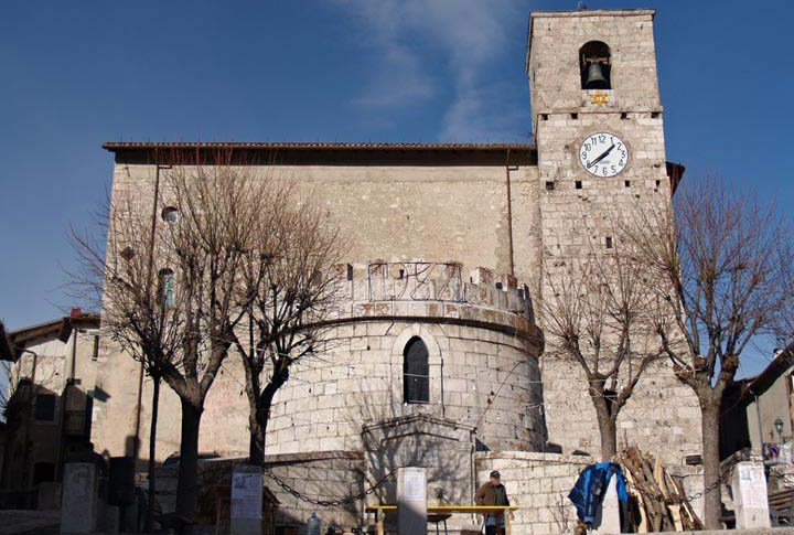 Le chiese esistite ed esistenti in Opi