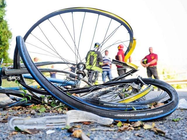 Ciclista investito sulla Tiburtina Valeria