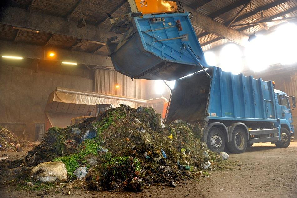 """Impianto di compostaggio di Massa d'albe, """"situazione ormai ingestibile"""", organizzata una raccolta firme"""