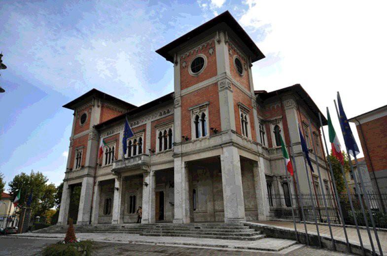 """Coalizione Di Pangrazio: """"De Angelis non ha i numeri, dovrà cambiare la giunta"""""""