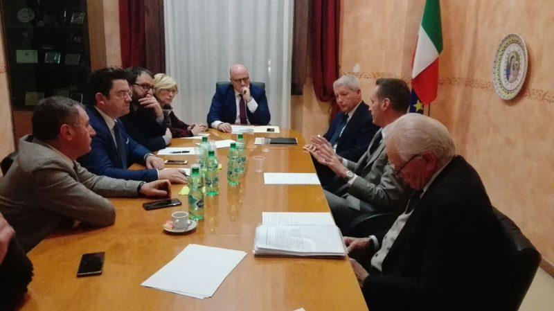 Aumenti autostrade, vertice al Comune di Avezzano con i rappresentati dell'azienda e gli amministratori della provincia dell'Aquila