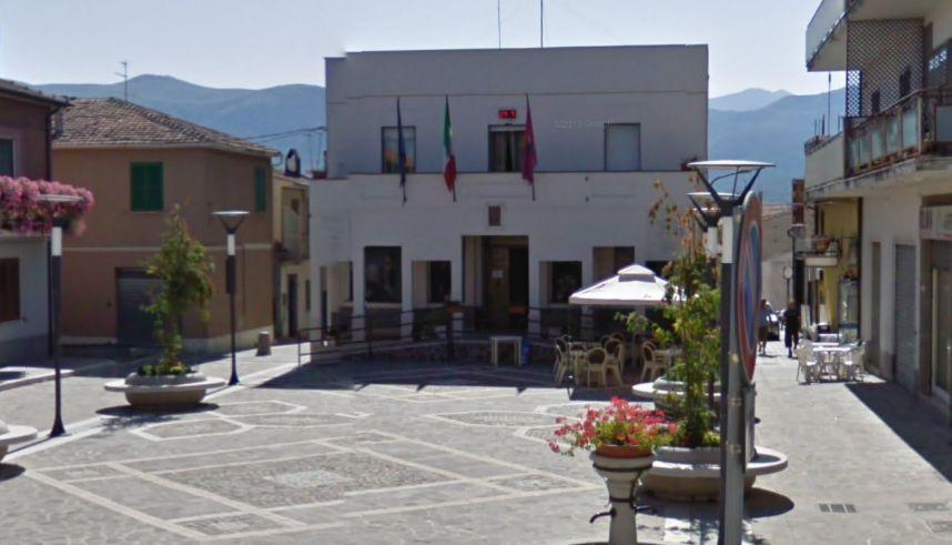 """Ortucchio, inaugurazione del busto bronzeo di """"Aldo Moro"""""""