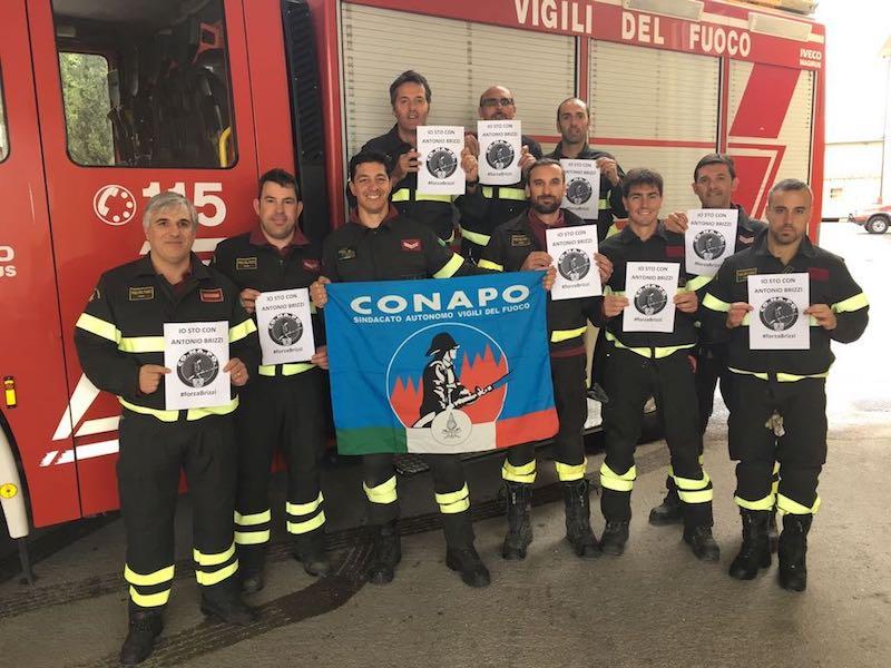 Proteste dei vigli del fuoco in tutta Italia. Il Conapo dell'Aquila si appella al Prefetto