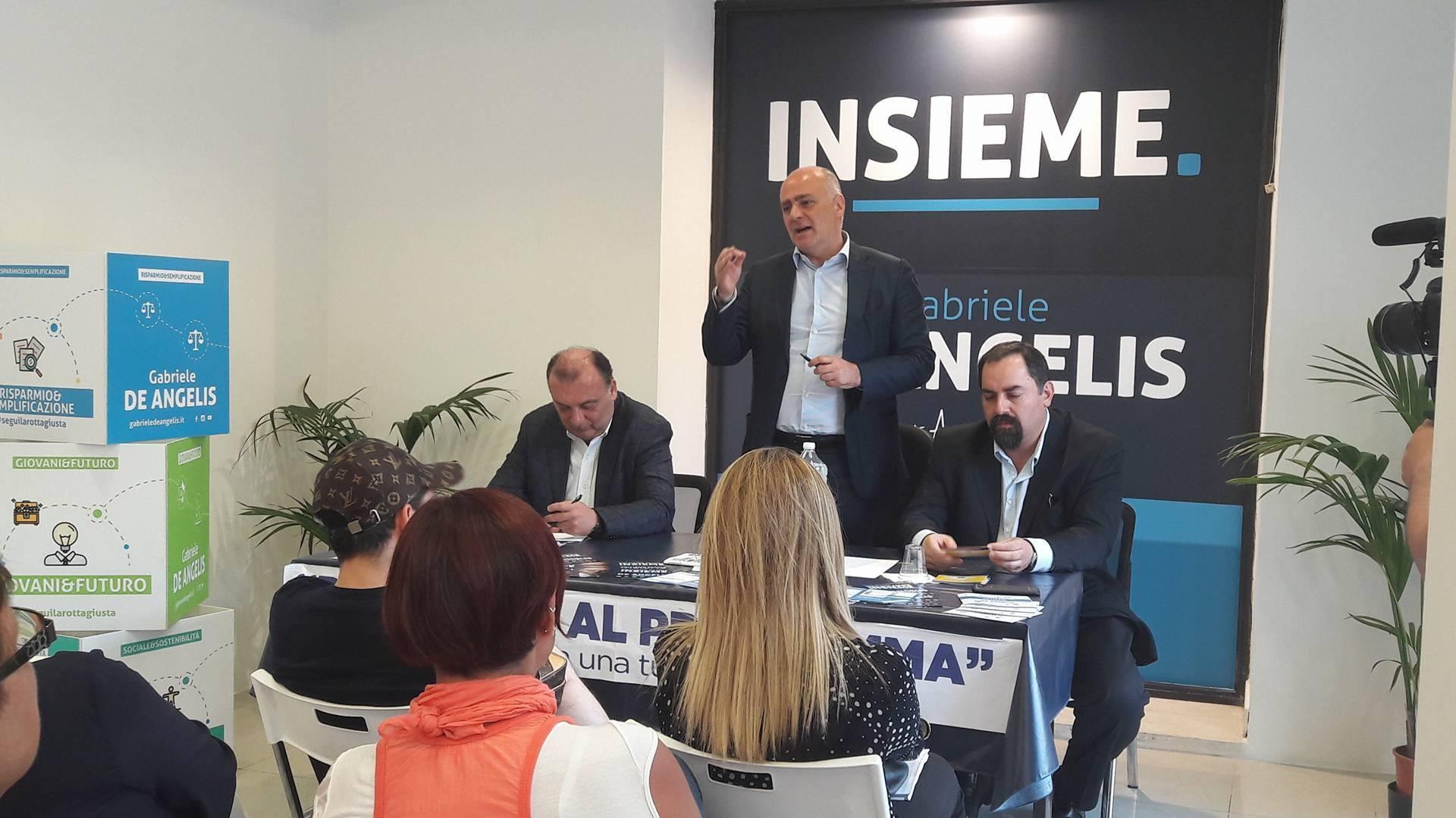 """L'europarlamentare Martusciello ad Avezzano al fianco di De Angelis: """"I fondi europei ci sono ma bisogna sapere portarli sul territorio"""""""