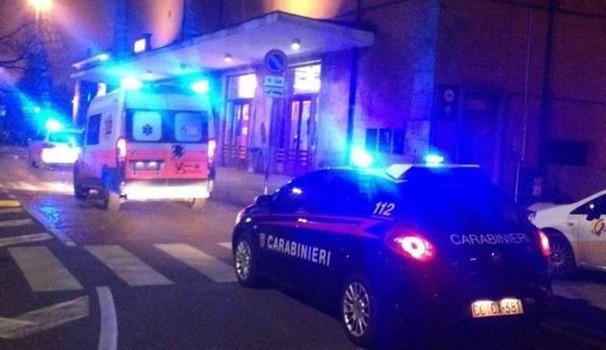 Botte, coltellate e danneggiamenti nella notte, due arresti