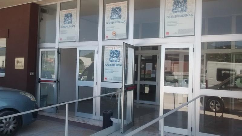 La sede che non c'è: gli studenti di Giurisprudenza di Avezzano insorgono