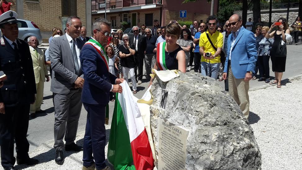 Inaugurato a Paterno il Largo intitolato a Franco Caiola