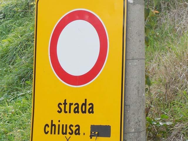 Forti problemi di staticità sul ponte della S.P 17, strada chiusa al traffico