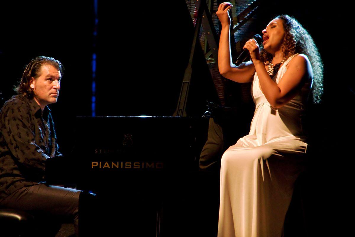 NOA in concerto al Teatro dei Marsi