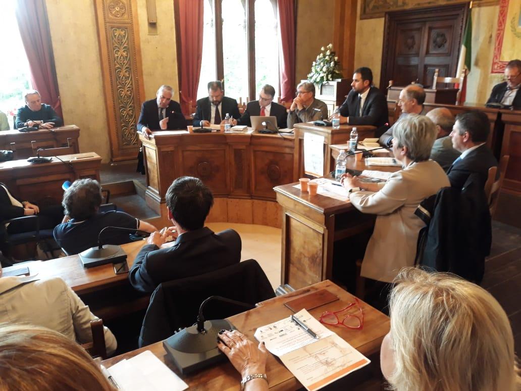 Premio Croce, sala consiliare gremita per la Tavola rotonda sul pensiero e la cultura scientifica italiana