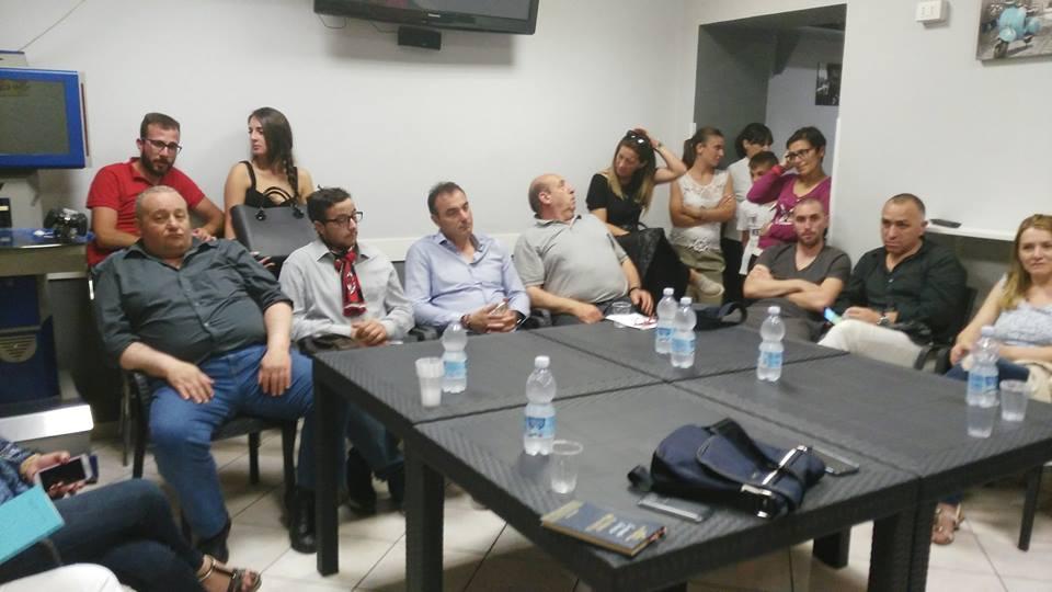 Caffè letterario a Capistrello, molti i giovani presenti al dibattito sulla mafia