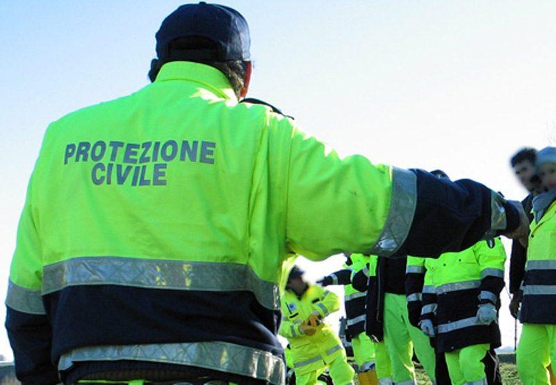 Rigopiano, volontari della Protezione Civile di Avezzano impegnati nelle operazioni di ricera dei dispersi