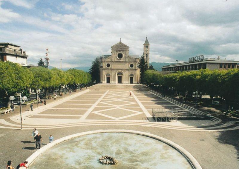 """Oggi la """"Festa della primavera"""" in Piazza Risorgimento"""