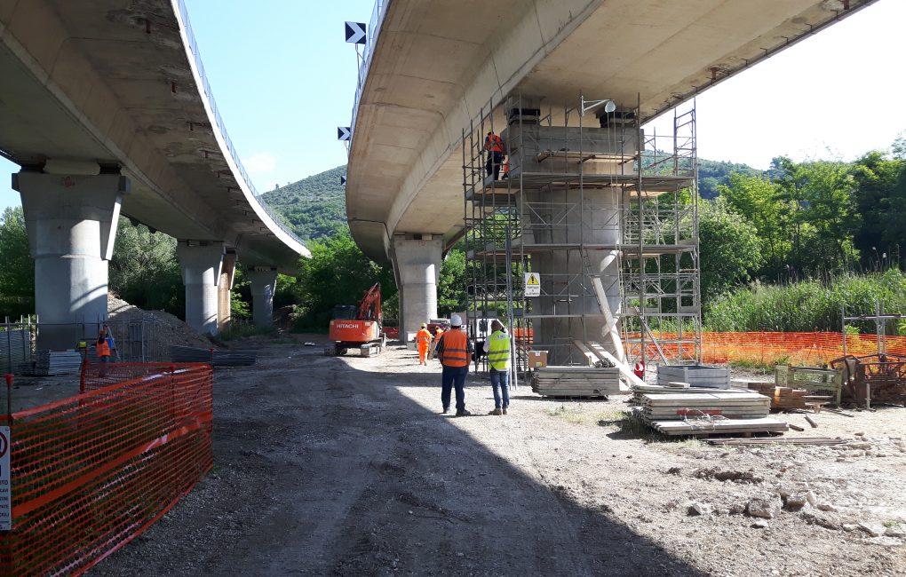 Oltre trenta cantieri aperti su A24 e A25 per i lavori di messa in sicurezza dei viadotti