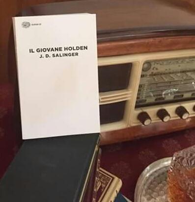 """Al bar insieme a """"Il giovane Holden"""", successo per il terzo Caffè Letterario a Capistrello"""