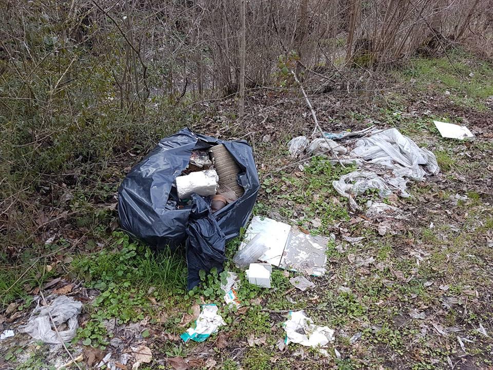 Abbandono di rifiuti, a Celano arrivano le fototrappole