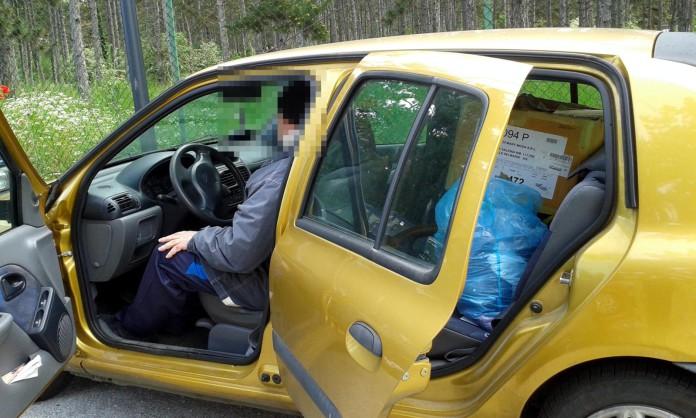 """Padre di famiglia costretto a dormire in auto, CasaPound: """"Fatto inaccettabile"""""""