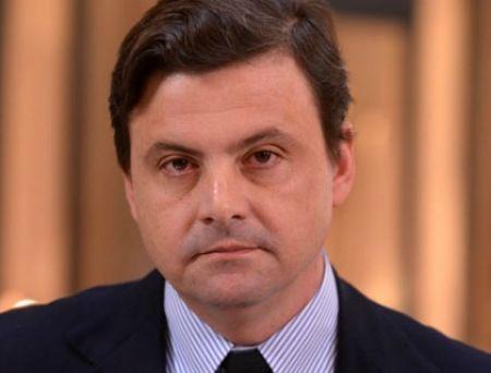 """""""Comizi per la Costituzione"""" chiude la campagna referendaria con il Ministro Calenda"""