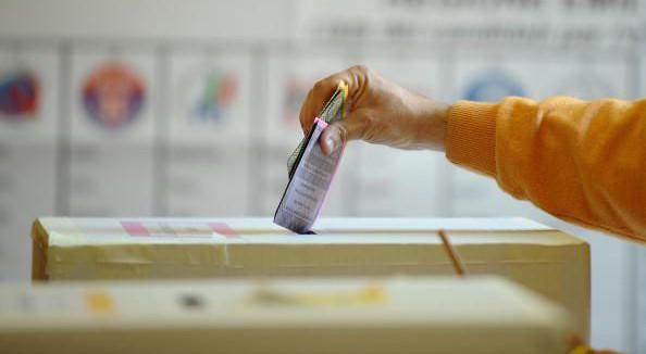 Referendum istituzionali, superate le 1000 firme raccolte a L'Aquila e provincia