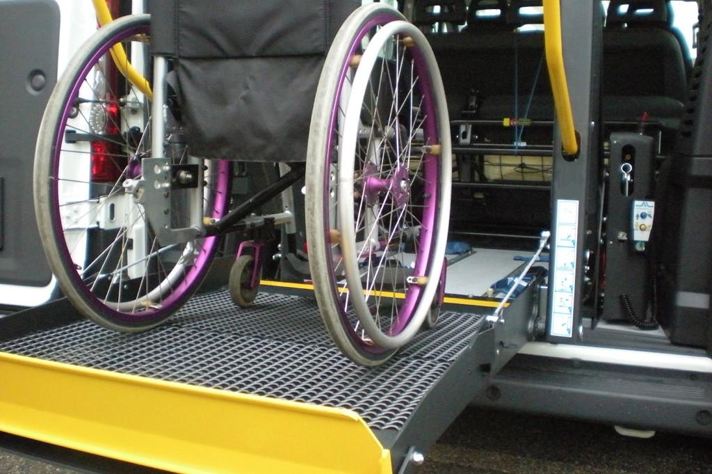 La Provincia dell'Aquila sollecita la Regione su trasporto alunni diversamente abili