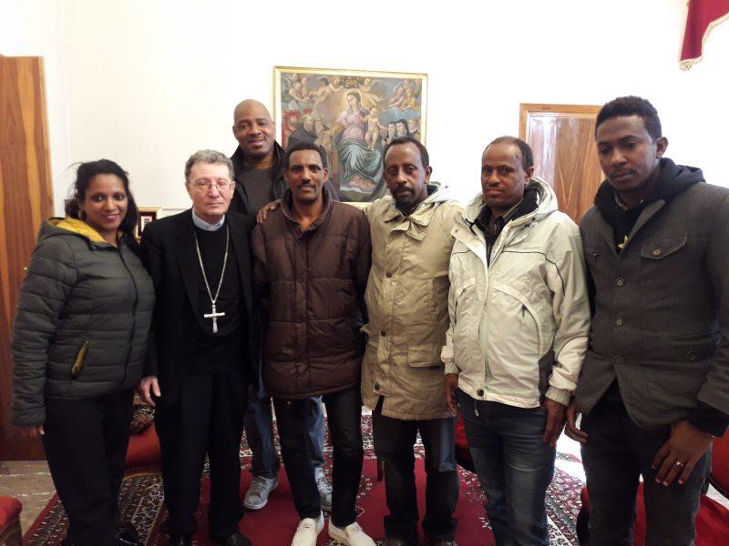 Il Vescovo Santoro incontra quattro profughi eritrei