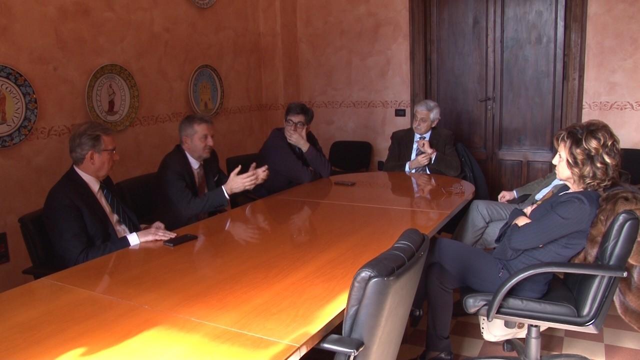 Ospedale di Avezzano, neurochirurgia: l'incontro tra sindaco e manager Asl suggella l'avvio del servizio