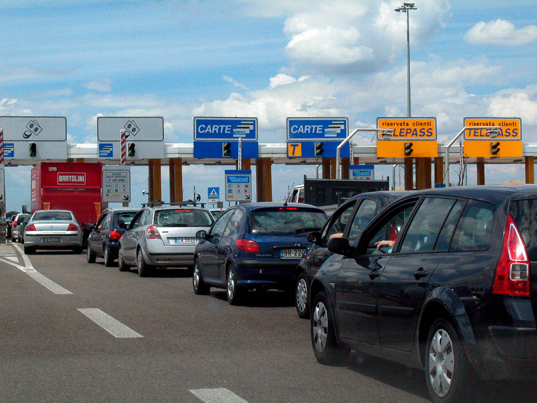 Torna lo spettro dell'aumento pedaggi sulle tariffe autostradali, dalla regione due importanti provvedimenti