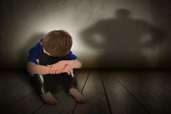 La violenza sui minori, medici cattolici a convegno