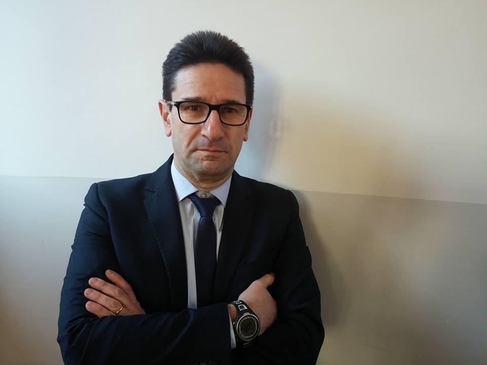 """Martellate alla testa alla direttrice delle Poste, l'avvocato difensore di Di Fonzo: """"Non è lucido"""""""