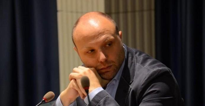 """Attacco dei 5 Stelle a Berardinetti: """"E' contrario al salvataggio del tribunale di Avezzano"""""""