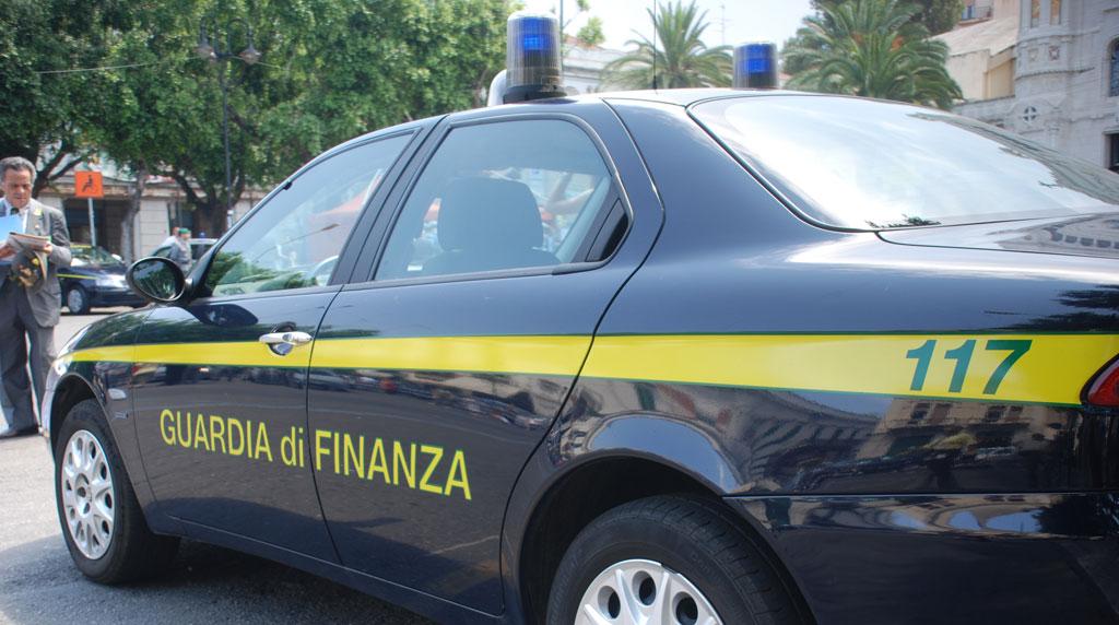 L'Aquila, la Guardia di Finanza sequestra beni per circa 700mila euro ad una società di costruzione di infrastrutture
