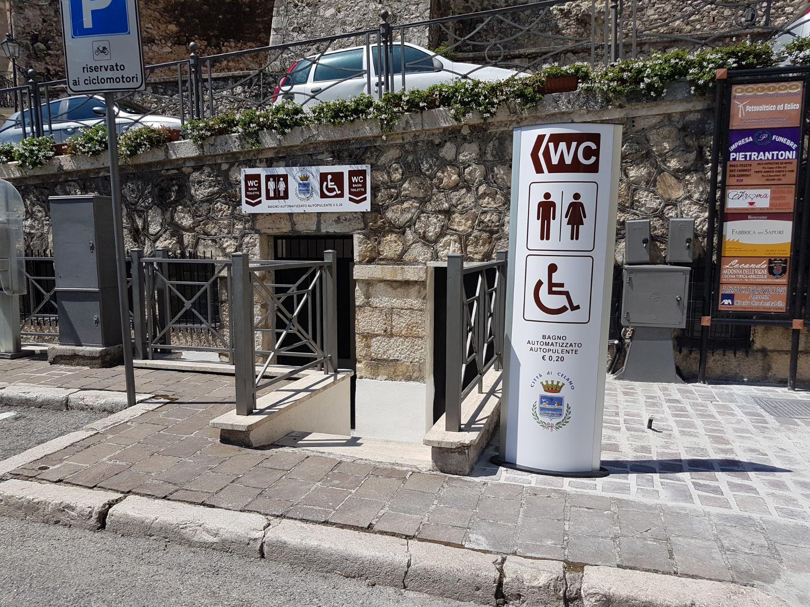 Celano: inaugurati i nuovi bagni pubblici in piazza iv novembre