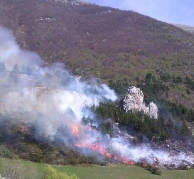 """Incendi, Cgil Abruzzo: """"Disastrosa la scelta di sopprimere il Corpo Forestale dello Stato"""""""