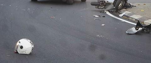 IL giovane motociclista ucciso da un'auto pirata, determinante la testimonianza di un amico