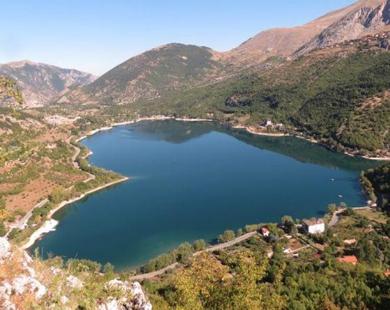 Lago di Scanno una della nove bandiere Blu per l'Abruzzo