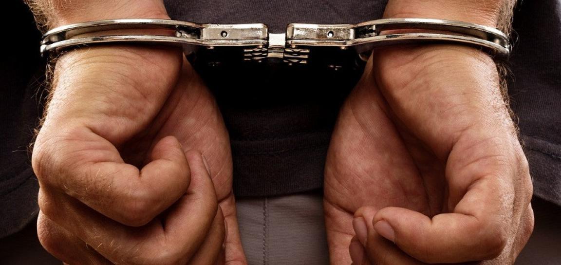 La Polizia di Stato ammanettata!