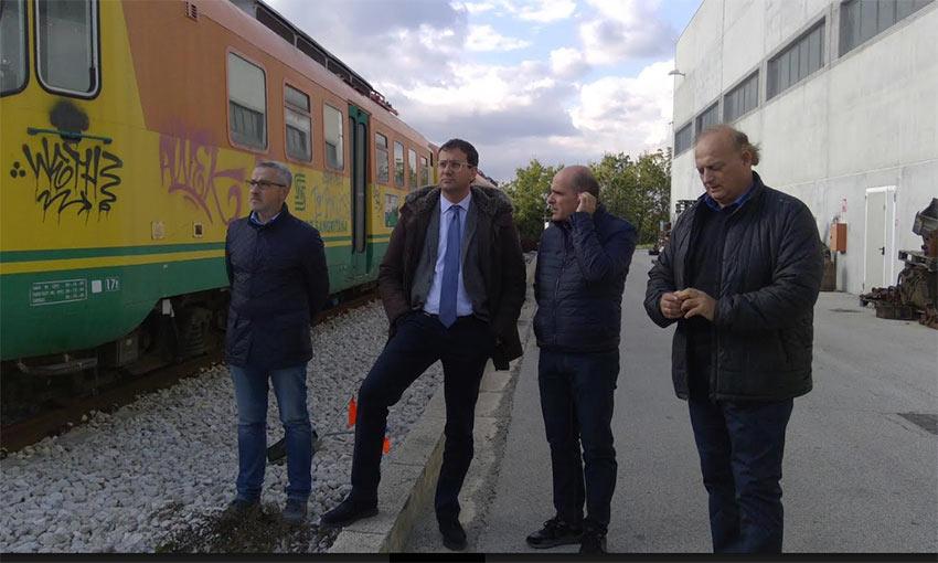 Visita del consigliere regionale Maurizio Di Nicola alla divisione ferroviaria di Tua Spa a Lanciano