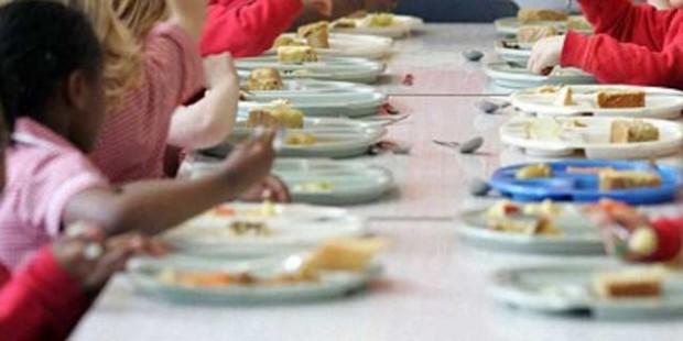 Mense scolastiche: arrivano i buoni pasto elettronici