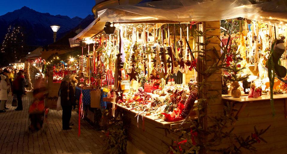Mercatini e Villaggio di Babbo Natale a Villavallelonga!