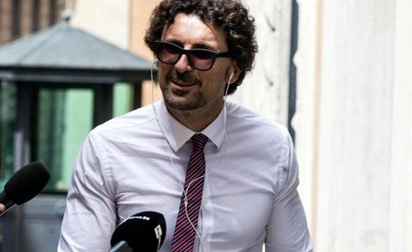 """Il Ministro Toninelli attacca i Sindaci """"Protestano, ma se la prendano con i loro partiti"""""""