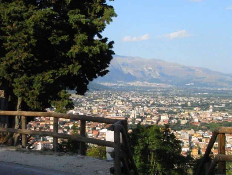 Saranno sostituite le attrezzature per lo sport sul percorso pedonale del Monte Salviano ad Avezzano