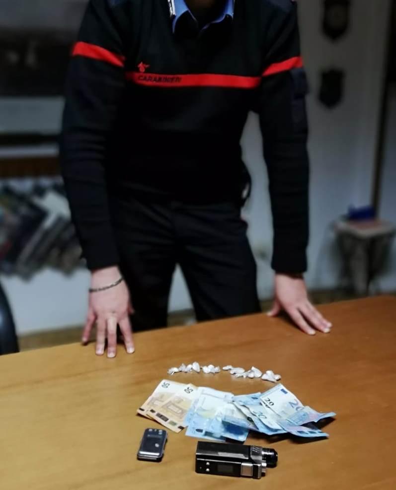 Cocaina nell'auto, arrestato giovane artigiano di Morino