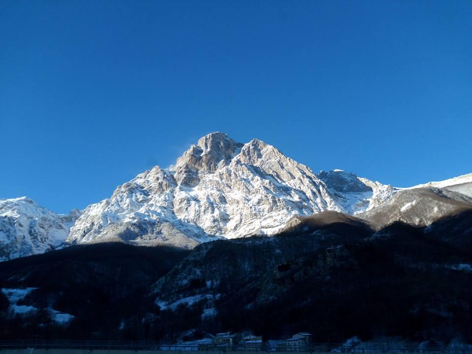 A24-A25: tra poche ore neve nelle tratte interne. Consigli ai viaggiatori