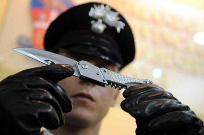 Badante ubriaca minaccia con un coltello un'infermiera di Collelongo