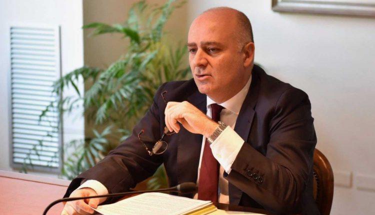De Angelis revoca la giunta: mercoledì la formalizzazione delle dimissioni