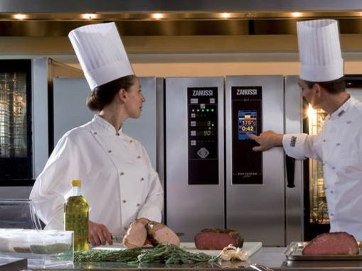 La ristorazione punta sui forni a convenzione