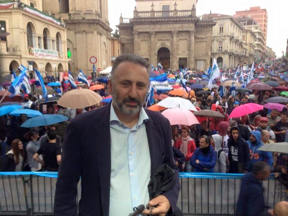 """Incendi in Abruzzo, Alessandro Lanci: """"La Regione avrebbe dovuto dotarsi di mezzi aerei"""""""