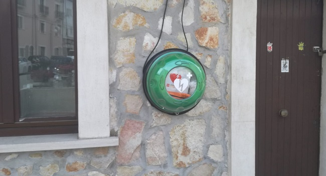 Ovindoli è un comune cardio-protetto, installato un defibrillatore