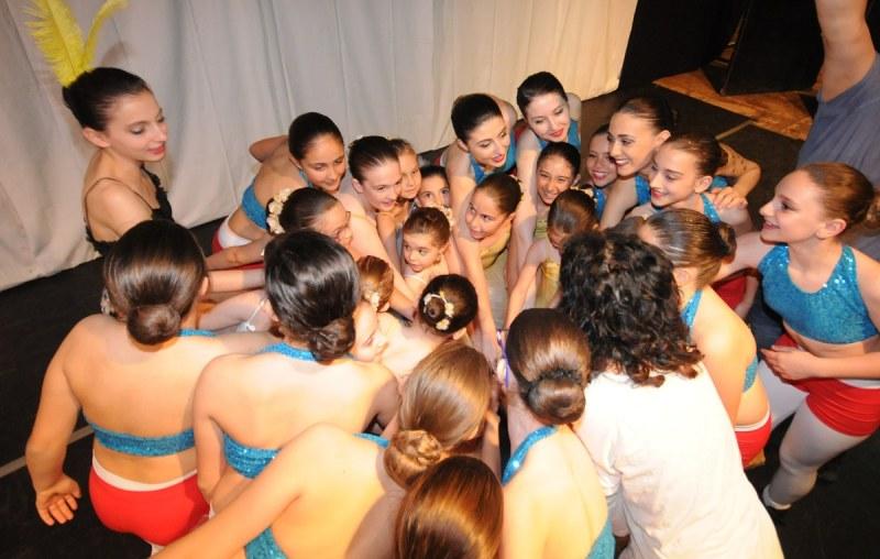 Spettacolo di danza organizzato dall'Azzurra Fit Village di San Benedetto dei Marsi